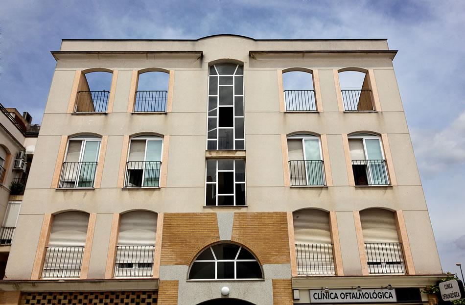 33 viviendas locales y aparcamientos en beda miguel - Arquitectos en ubeda ...