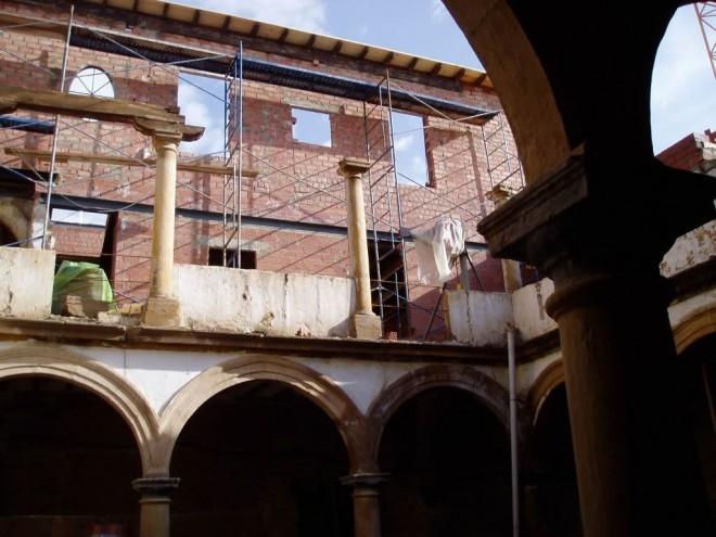 Rehabilitación de Edificio para Viviendas y aparcamientos en C/Montiel